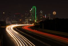 I 30 into Dallas. A view of the Dallas skyline from above I-30 Stock Images