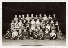 I andra hand kvalitetsstudenter, c 1955 Arkivfoto