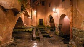 I bagni romani antichi pubblici famosi su Cefalu, Sicilia, Italia immagine stock