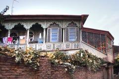 I balconi tradizionali a vecchia Tbilisi, Georgia Fotografia Stock Libera da Diritti