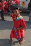 I bambini eseguono nel carnevale dell'annuale di Sihanoukville Immagini Stock Libere da Diritti