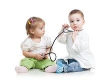 I bambini giocano al dottore Fotografie Stock