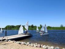I bambini imparano navigare, la Lituania Fotografia Stock