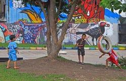I bambini sono giocare all'aperto a Bangkok, Tailandia Fotografia Stock Libera da Diritti