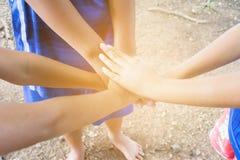 I bambini uniscono le mani Immagine Stock Libera da Diritti