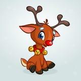 I beells d'uso del fumetto del naso del carattere rosso divertente della renna oh il suoi collo e Natale di seduta vector l'illus Fotografia Stock Libera da Diritti