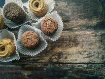 I biscotti scremano con di pepita di cioccolato Immagini Stock Libere da Diritti