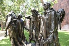 I borghesi di Calais bronzano la statua di Auguste Rodin in Norton Simon Museum immagine stock