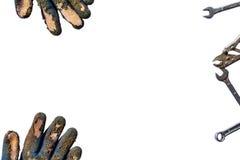 I boschetti e gli strumenti usati sporchi con lo spazio della copia hanno isolato il fondo Fotografia Stock Libera da Diritti
