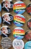 I bottoni per la resistenza stanno a Washington Square in Lower Manhattan Fotografia Stock Libera da Diritti