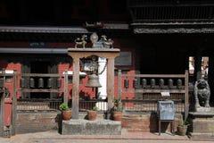 I buddistisk tempel Arkivbilder