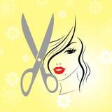 I capelli di taglio di capelli mostrano il lavoro di parrucchiere Person And Hairstylist Fotografia Stock