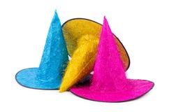 I cappelli del partito isolati sui precedenti bianchi Fotografie Stock Libere da Diritti