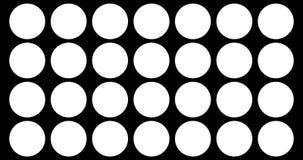 I cerchi multipli astratti spazzolano il fondo in bianco e nero di transizione del colpo, animazione di pittura con la dissolvenz royalty illustrazione gratis