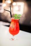 I cocktail alla barra raffreddano delizioso Immagini Stock