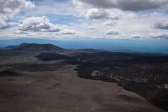I confini della lava scorrono dall'eruzione del vulcano di Tolbachik nel 2013 Fotografie Stock Libere da Diritti