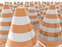 I coni di traffico con l'arancia barra il primo piano Fotografia Stock Libera da Diritti