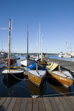 I crogioli di vela si sono messi in bacino sul lago union Immagine Stock Libera da Diritti