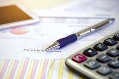 I dati di conto e calcolano Immagini Stock Libere da Diritti