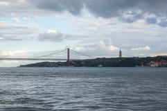 I 25 de Abril Bridge Fotografia Stock Libera da Diritti
