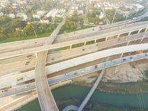 I-10 de um estado a outro aéreo, intercâmbio norte da pilha da autoestrada I-45 nem Fotos de Stock Royalty Free