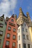 I den gammala townen av Cologne Arkivfoton