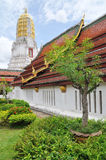I det thailändska tempelet Arkivfoton