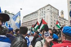 I dimostratori Pro-palestinesi contestano la brigata ebrea Fotografia Stock