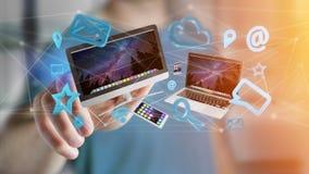 I dispositivi gradiscono lo smartphone, la compressa o il computer sorvolare il connecti Fotografia Stock Libera da Diritti
