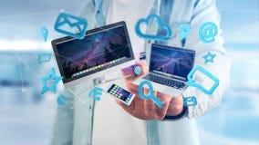 I dispositivi gradiscono lo smartphone, la compressa o il computer sorvolare il connecti Immagine Stock