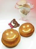 I dolci ed il cioccolato creativi dell'alimento sopportano per il giorno del ` s del biglietto di S. Valentino Immagine Stock Libera da Diritti