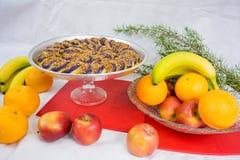 I dolci hanno fatto dall'igname porpora un piatto filippino Immagini Stock