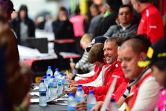 I driver che firmano gli autografi alle serie di Asia Pacific di sfida di Ferrari corrono il 15 aprile 2018 in Hampton Downs Fotografia Stock Libera da Diritti