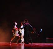 I en dilemmaval-identitet av dentango dansdramat Arkivbild