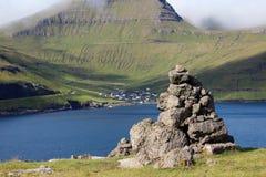By i Faroeen Island Arkivbild