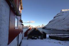 By i Faroeen Island Arkivfoton