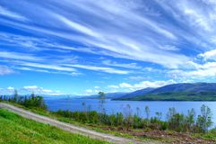 I fiordi abbelliscono in Norvegia del Nord fotografie stock