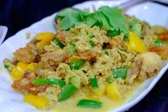 I frutti di mare hanno fritto, uova allora fritte e pepe Fotografia Stock