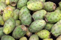 I frutti verdi dell'opunzia mettono sul mercato dell'alimento Fotografie Stock Libere da Diritti