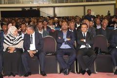 I funzionari alti di governo dell'Etiopia che assistono al funerale dell'ex presidente dell'Etiopia, il Dott. Negasso Gidada, era immagine stock libera da diritti