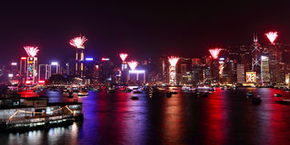 I fuochi d'artificio 2011 di conto alla rovescia mostrano a Hong Kong Immagine Stock Libera da Diritti