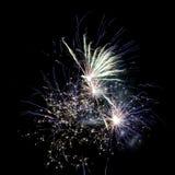I fuochi d'artificio accendono il cielo Fotografia Stock Libera da Diritti
