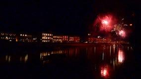 I fuochi d'artificio per il giorno del ` s del nuovo anno archivi video