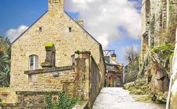 I gårdabbeyen av Mont Sanktt Michel. Royaltyfria Bilder