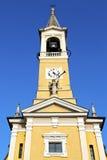 i gammalt abstrakt begrepp för cislago klockan su för vägg och för kyrkligt torn Arkivbilder