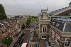 I gatorna av Amsterdam Nederländerna royaltyfria foton