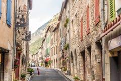 I gatorna av Villefranche de Conflent arkivfoton