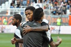I giocatori di Shakhtar si abbraccia Fotografia Stock Libera da Diritti