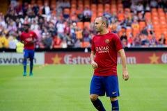 I giochi di Iniesta alla La Liga abbinano fra il Valencia CF ed il FC Barcelona a Mestalla Immagine Stock Libera da Diritti