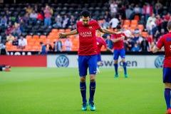 I giochi di Sergio Busquets alla La Liga abbinano fra il Valencia CF ed il FC Barcelona Immagine Stock Libera da Diritti